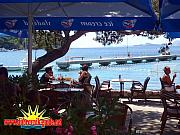shaded bar cavtat 800x